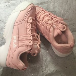 ✨NWOT✨FILA {Size.9} Baby Pink Sneakers